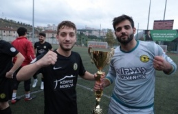 İzmit Başkanlık Kupası'nın sahibi Bekirdere Spor oldu