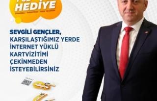 Başkan Bıyık'tan gençlere ücretsiz internet...