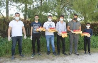 Manyas'ta ihtiyaç sahiplerine gıda yardımı