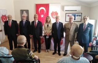 TEMAD Gölcük Şubesi'nde Bekir Tülü yeniden başkanlığa...