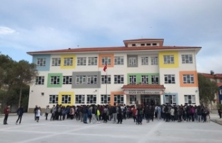 Akfen İnşaat, Hasan Akın Anadolu Lisesini tamamlayarak...