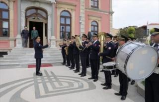 Belediye bandosu, emektar üyeleri için konser verdi
