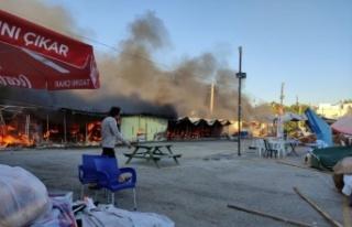 Edirne'de pazar yerinde çıkan yangında 9 baraka...