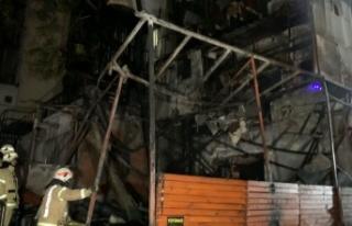 İstanbul'da bir iş yerinde çıkan yangın hasara...