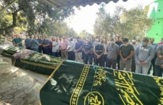 İzmir'deki kazada alev alan otomobilde ölen 4 kişinin...