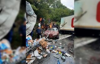 Zincirleme trafik kazasında 1 kişi öldü, 5 kişi...