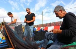 Tekirdağ'da balıkçılar poyraz nedeniyle 2 gündür...
