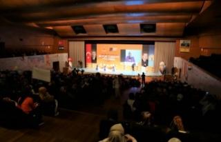 AK Parti Genel Merkez Kadın Kolları Başkanı Ayşe...
