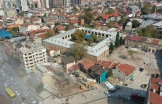 Bursa'daki Tarihi Çarşı ve Hanlar Bölgesi'nde...