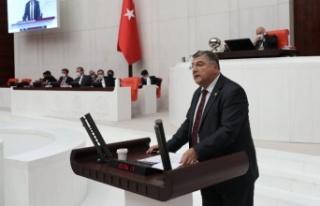 """CHP İzmir Milletvekili Sındır, """"Depremzedeler..."""