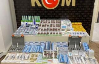 İzmir'de KOM ekipleri binlerce kaçak tıbbi...