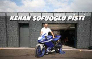 Milli motosikletçiler başarılarıyla dünyada adlarından...