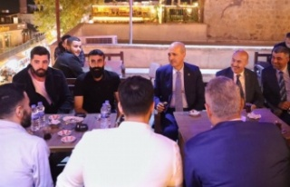 Numan Kurtulmuş Mardin'de gençlerle buluştu
