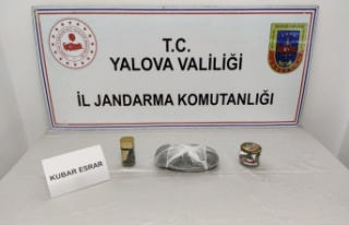 Yalova'da uyuşturucu ele geçirilen aracın sürücüsü...