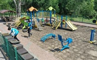 Başiskele'de çocuk parkları yenileniyor