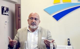 """Karamürsel'de """"2020-2023 Ulusal Akıllı Şehir Stratejisi ve Eylem Planı"""" anlatıldı"""