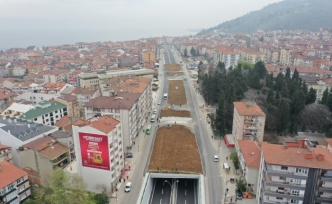 Karamürsel köprülü kavşağında çevre düzenlemesi
