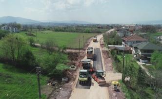 Kartepe'de caddeler genişliyor