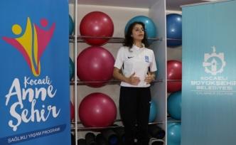 Büyükşehir pandemide spor salonlarını evlere taşıdı