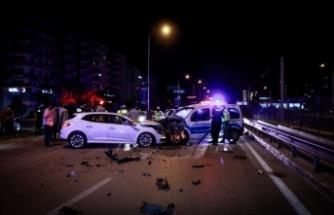 Alkollü sürücünün neden olduğu kazada ikisi polis 4 kişi yaralandı