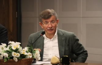 Gelecek Partisi Genel Başkanı Davutoğlu, Kırklareli'nde çiftçilerle buluştu
