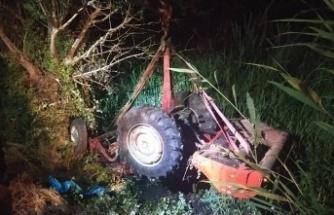 Sakarya'da devrilen traktörün altında kalan kişi yaşamını yitirdi