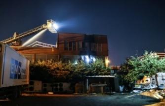 Bahçeşehir'de bir iş yerinde çıkan ve fidanlık alana sıçrayan yangın söndürüldü