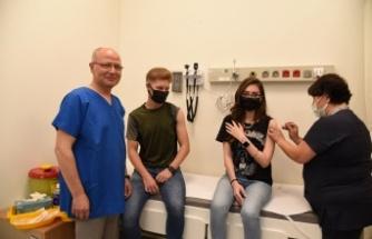 Davut Gürkan'dan 'aşı' desteği