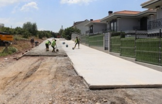 İzmit Tüysüzler'e yeni beton yol
