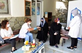 Bursa Yıldırım'da sağlık taramaları sürüyor