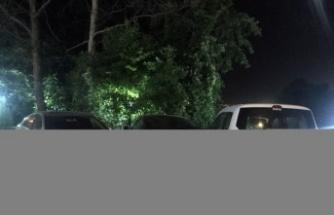 Bursa'da minibüs otoparktaki araçlara ve yayalara çarptı: 1'i ağır 8 yaralı