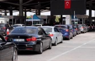 Yurt dışından gelen 1,5 milyondan fazla gurbetçi tatilini Türkiye'de geçirdi
