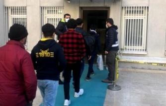 6 düzensiz göçmen yakalandı