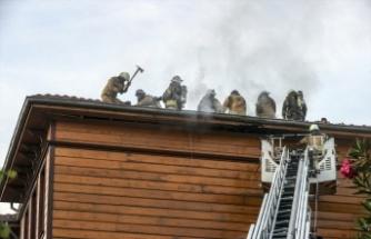 Otel binasında çıkan yangın söndürüldü