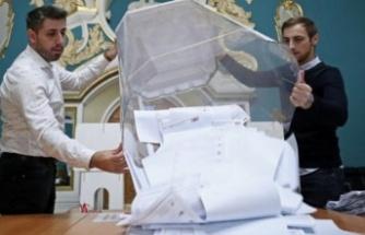 Sayımlar sürüyor, Putin'in partisi önde...