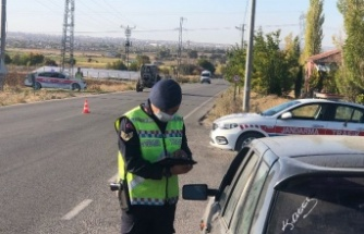 İl Jandarma Komutanlığı, emniyet kemerlerini kontrol etti