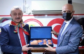 """Başkan Büyükakın: """"Türkiye'yi kendi hedeflerine göre ayırmak istiyorlar"""""""