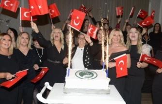 Bursa'da Türk Anneler Derneği'nden Cumhuriyet kutlaması