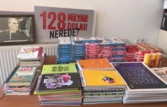 Bursa Mudanya'da CHP'li kadınlardan 95 öğrenciye eğitim katkısı