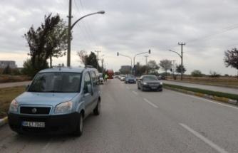 Yaya geçidinde otomobilin çarptığı kişi yaralandı