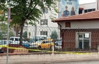 GÜNCELLEME - Kocaeli'de kız arkadaşını öldüren şüpheli, cesedin bulunduğu taksiyle emniyete gitti