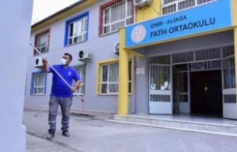 İzmir Aliağa'da okullarda bakım yapılıyor