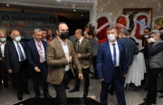 İzmit'te Selüloz- İş Sendikası kongresi düzenlendi