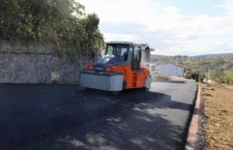 İzmit Tüysüzler Mahallesine asfalt çalışması