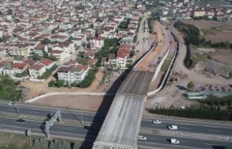 Kocaeli otoyol geçiş köprüsü kirişleri tamamlandı