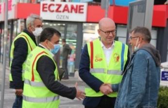 Balıkesir'de CHP'liler ek gösterge bilinçlendirmesi yaptı.