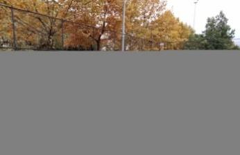 Gölcük'te kız futbolcular turnuvada mücadele etti