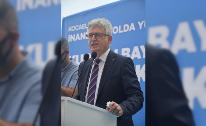 AK Parti MKYK Üyesi Zeybek, Kocaeli'de partisinin bayramlaşma programında konuştu: