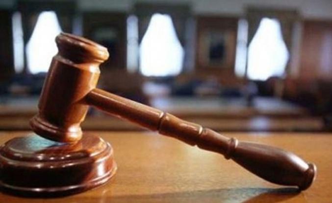Belediyede  2010'daki yolsuzluk iddialarıyla ilgili davada bazı sanıklara hapis cezası