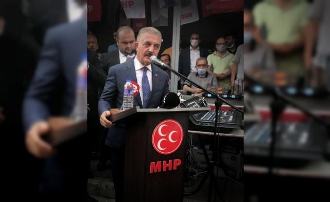MHP Genel Sekreteri Büyükataman, Bursa'da partisinin mahalle temsilcileri sertifika töreninde konuştu: